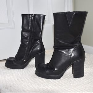Vintage SODA Faux Leather Heeled Boots - 7